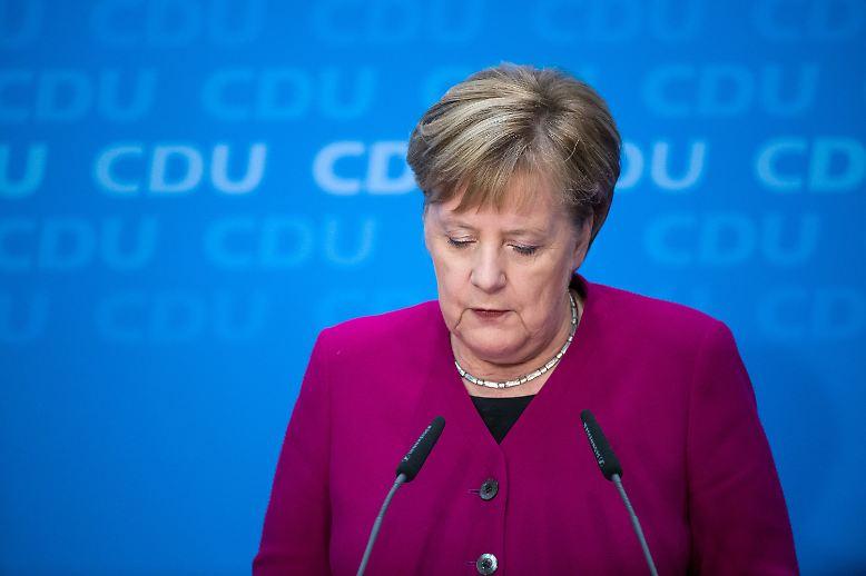 Das Ende einer Ära kündigt sich an: Angela Merkel, seit 18 Jahren CDU-Vorsitzende und seit 13 Jahren Bundeskanzlerin, ...