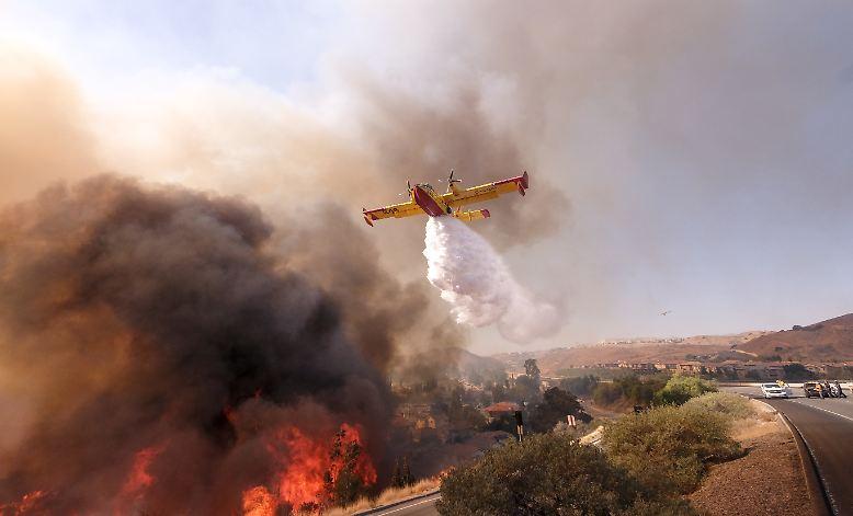 Drei große Feuer wüten in Kalifornien, es sind sind die bislang folgenschwersten Waldbrände in der Geschichte des US-Bundesstaates.