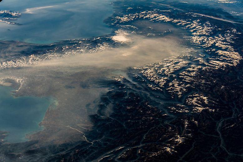 Die Erde steuert einem Bericht des UN-Umweltprogramms (Unep) zufolge bis zum Ende dieses Jahrhunderts auf eine Erwärmung um rund drei Grad zu.
