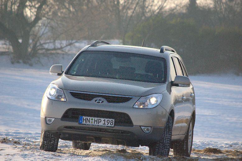 Veracruz oder in Europa iX55 - Hyundai zeigt bei seinem größten SUV, was alles an Technik im Regal steht.