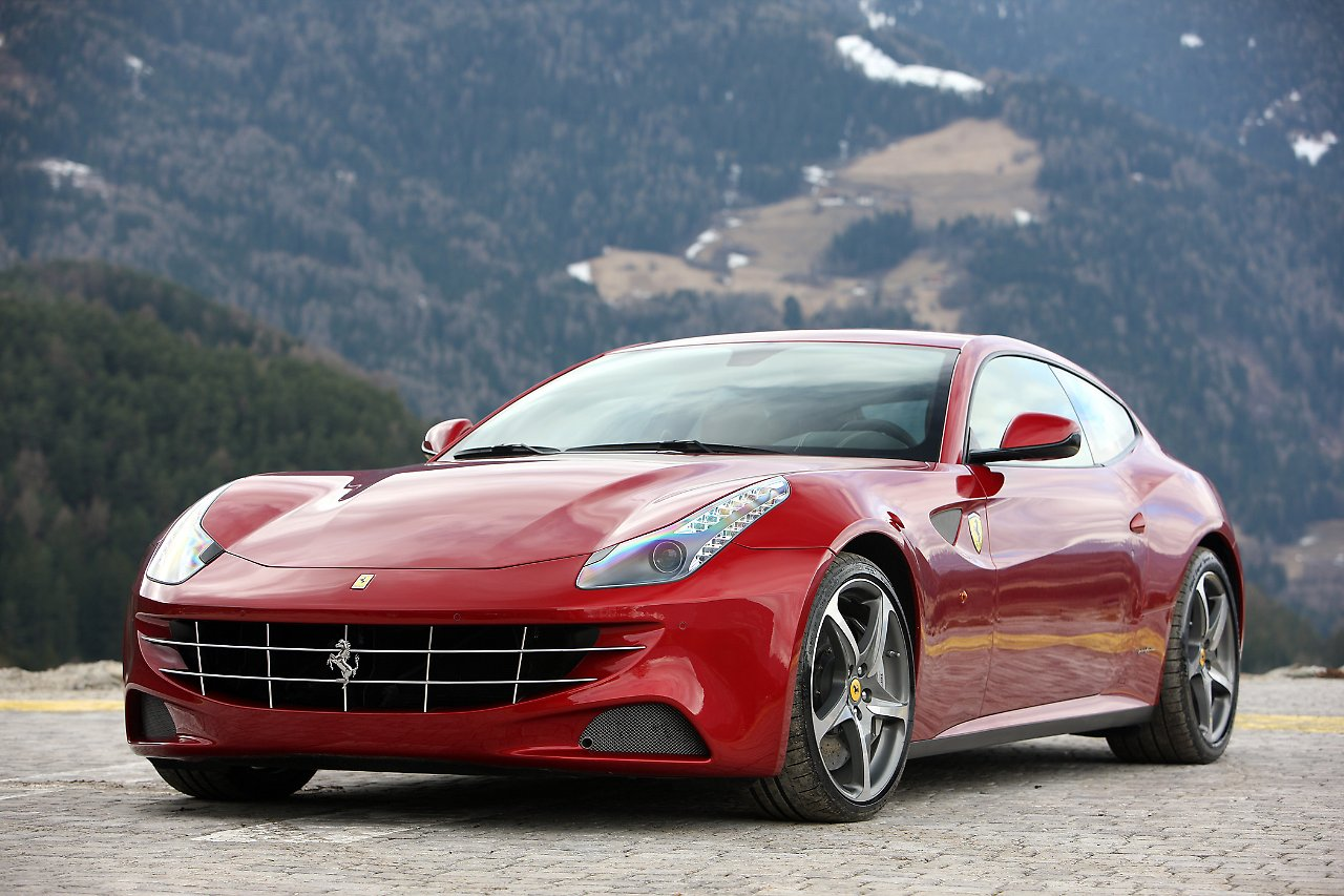 schneller schicker ferrari ff ist ultimativer shooting brake n. Black Bedroom Furniture Sets. Home Design Ideas