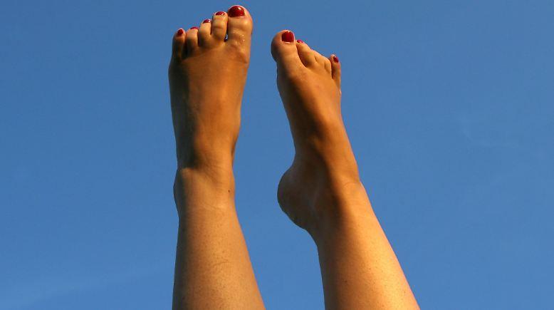 Zeigt her eure Füße, ...