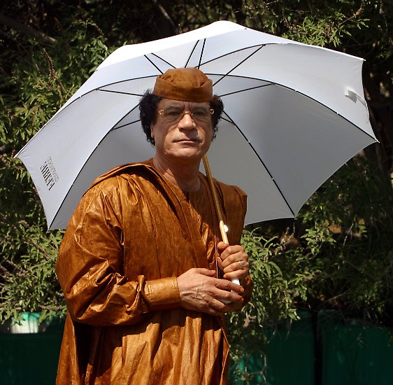Libyens Herrscher Muammar al-Gaddafi gerät in Bedrängnis.