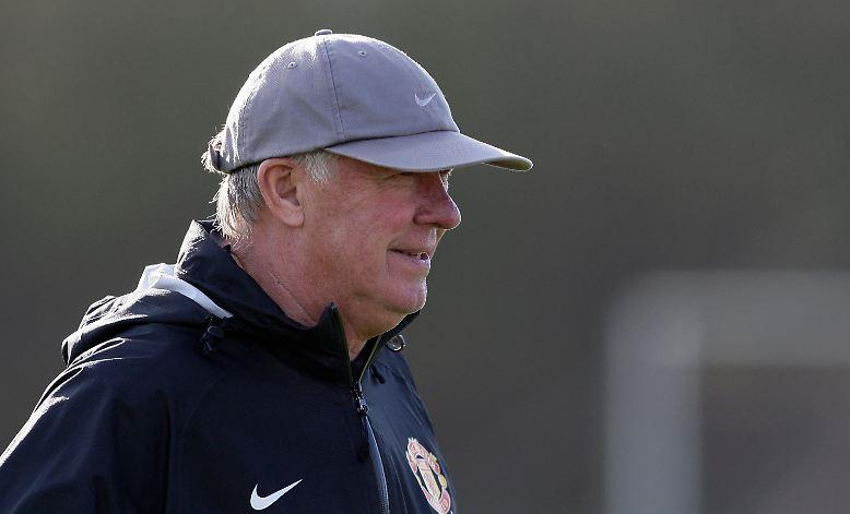 """""""Ich mache sicher keinen auf Bobby Robson und bin noch mit 70 Manager. Es geht darum, zu wissen, wann es gut ist."""" Das hat Sir Alex Ferguson im Oktober 2008 gesagt."""