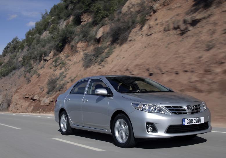 """Volkswagen macht Toyota den Platz des größten Autobauers der Welt streitig. Dennoch ist, und das erstaunt mit einem europäischen Blick schon, laut """"Forbes""""-Liste der Toyota Corolla das weltweit meistverkaufte Auto. Allein 2011 entschieden sich 1,02 Millionen Käufer für den Japaner."""