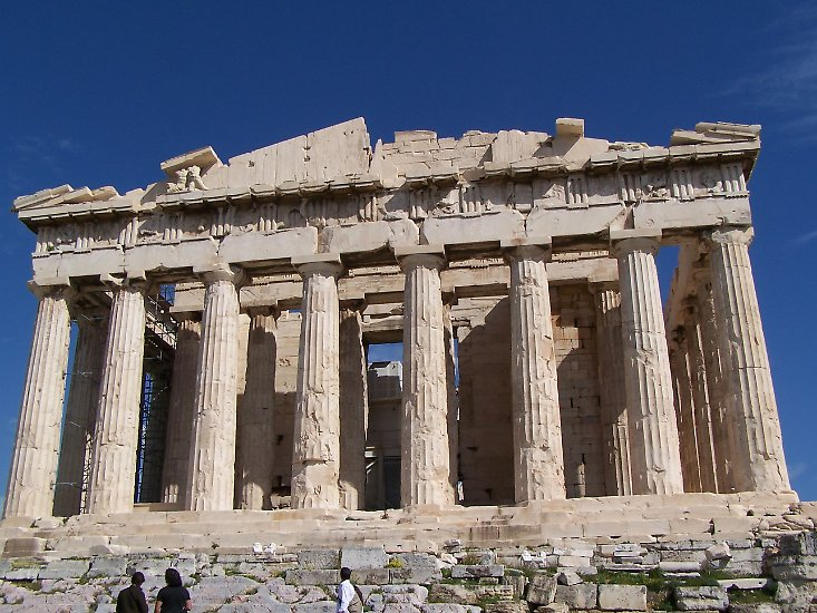 Falls Sie ihn noch nicht gesehen haben, sollten Sie es auf jeden Fall nachholen: Der Parthenon auf der Akropolis von Athen.