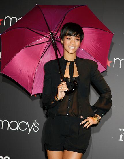 """Rund fünf Jahre ist es her, dass Rihanna mit ihrem """"Umbrella-ella-ella"""" ..."""