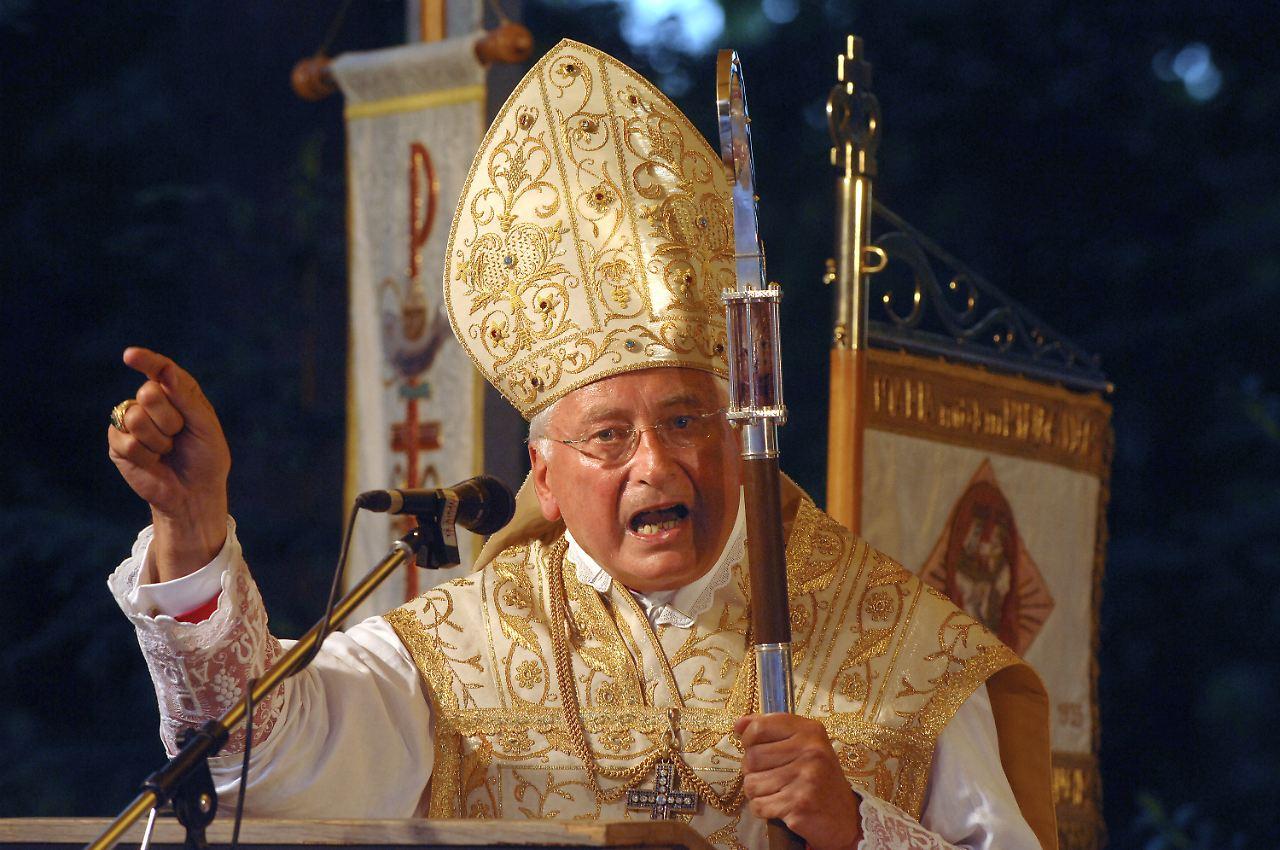 Anzeige gegen die griechisch-orthodoxe Kirche von