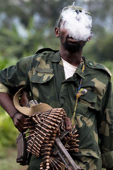 Die Einheiten der Mai-Mai operieren nur lokal. So sind sie zur Verteidigung ihrer Gebiete gegen ruandische Kräfte aufgestellt worden.