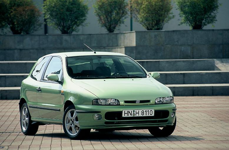Ganz am Ende der zehn bis elf Jahre alten Autos steht auch hier wieder der Fiat Stilo mit etwa 125.000 gefahrenen Kilometern.