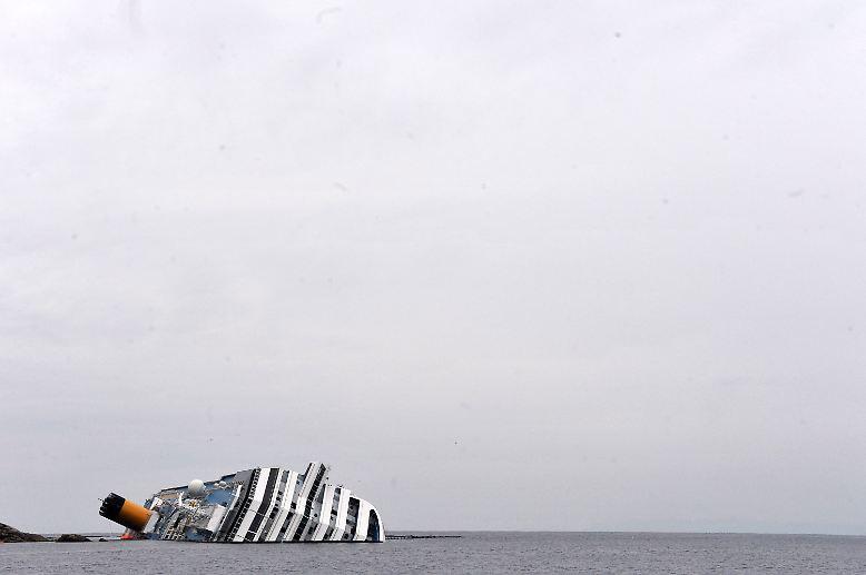 Es ist Freitag, der 13. Januar 2012: Vor der italienischen Insel Giglio endet eine vergnügliche Mittelmeer-Kreuzfahrt in einem tödlichen Drama.