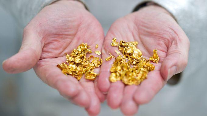 Bei den aktuellen Goldpreisen lohnt sich jedes Goldkorn.
