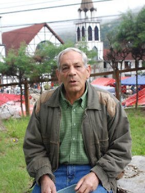 Historiker Samuel Briceo Kanzler befürchtet Einschränkungen durch die Sozialisierungsmaßnahmen von Präsident Chavez.