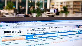 Onlineshopping während der Arbeitszeit kann sich rächen, spätestens wenn der Arbeitgeber Kündigungsgründe sucht.
