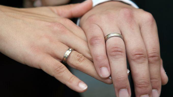 Die Ehe bedeutet nicht gleichzeitig die Aufgabe der eigenen Person.