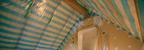 f r zimmer an der s dseite mit schutzglas gegen hitze n. Black Bedroom Furniture Sets. Home Design Ideas