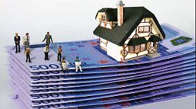 Wer jetzt finanziert, sollte die Zinsen so lange wie möglich festnageln - günstiger dürfte es kaum werden.