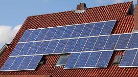 Die strengeren Regeln für Photovoltaik gelten für alle Anlagen, die seit 2012 eingebaut wurden.