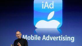 Steve Jobs will mit iAd viel Kohle machen.